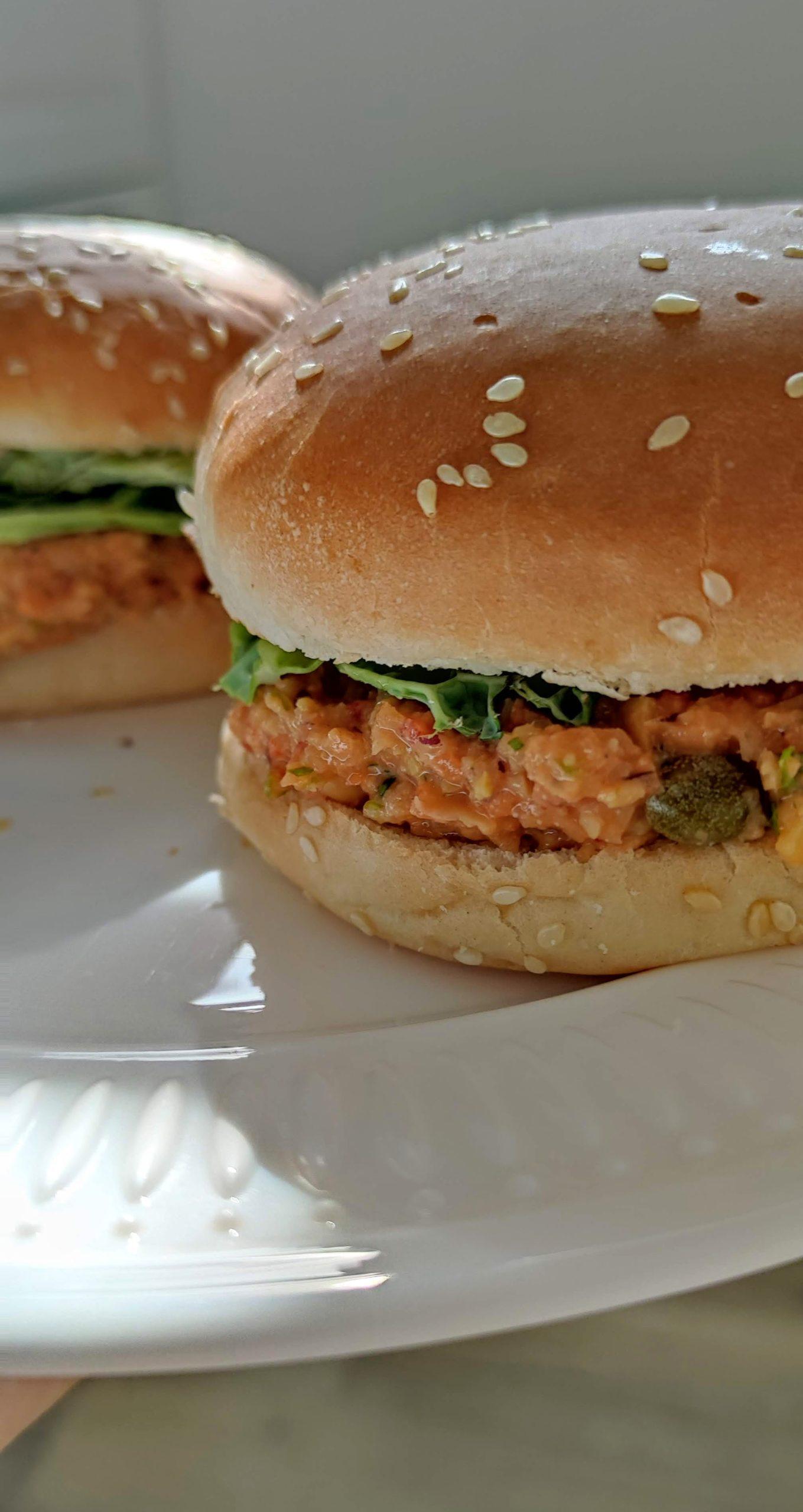 Vegansky tuniakovy sendvic